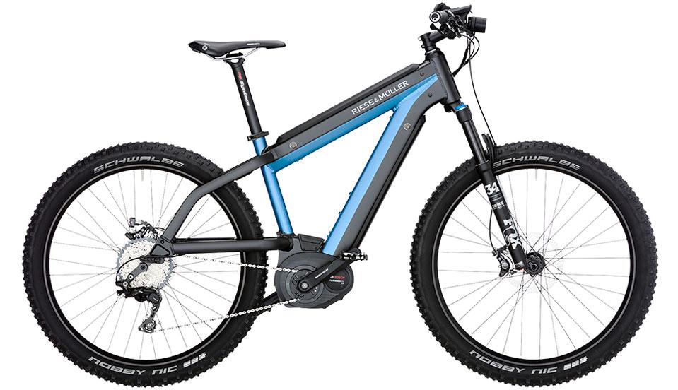 Supercharger-Mountain-blau